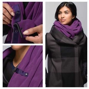 Lululemon vinyasa scarf *fleece edition